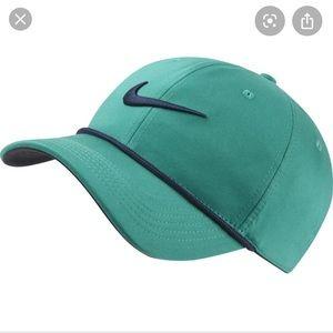 Nike Green Golf Rope Cap